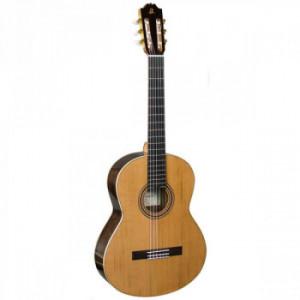Класична гітара Admira A8